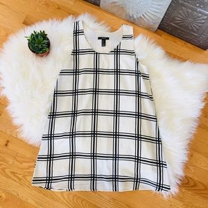 Forever 21 Tunic Black White Checked MD Flowy